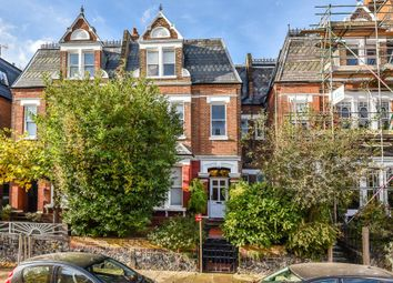 Thumbnail Flat to rent in Whitehall Park, Archway