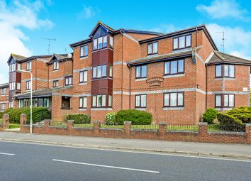 Thumbnail 2 bed flat to rent in Stakes Road, Purbrook, Waterlooville