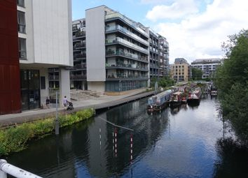 4 bed flat to rent in Hertford Road, Haggerston N1