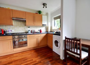 Thumbnail 2 bed flat to rent in The Avenue, Northwood, Middlesex