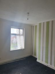 2 bed end terrace house to rent in Victoria Street, Willenhall WV13