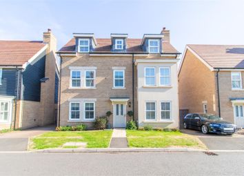 Thumbnail 5 bed property for sale in Maunder Avenue, Biggleswade