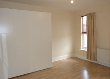 Thumbnail 2 bed flat to rent in Park Parade, London