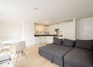 Thumbnail 2 bed flat to rent in Britannia Walk, Old Street