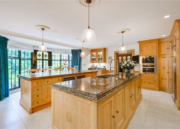 Thumbnail 9 bedroom detached house to rent in Redington Road, London