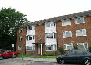 Thumbnail 2 bed flat to rent in Oakenshaw Close, Surbiton