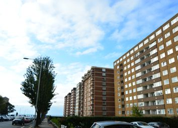 Thumbnail 2 bed flat to rent in Grand Avenue, Hove