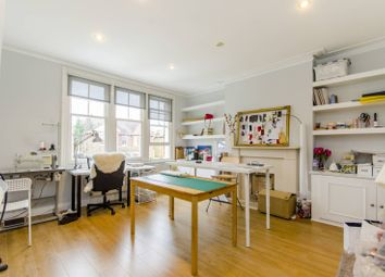 Thumbnail 2 bedroom flat to rent in Marchwood Crescent, Ealing