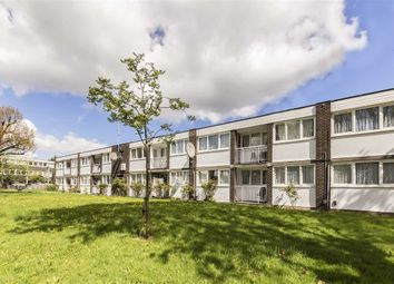 Thumbnail 2 bedroom flat for sale in Clement Close, London