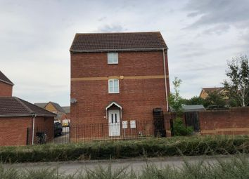Thumbnail 3 bed town house to rent in Lewis Close, Swindon