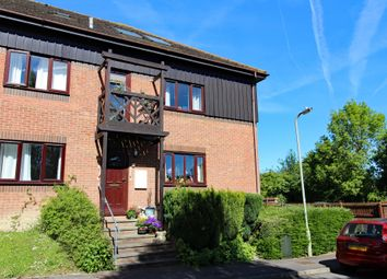 Thumbnail 2 bed flat for sale in Roebuck Court, Didcot