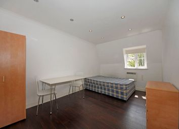 Thumbnail 1 bed flat to rent in Waldeck Road, London