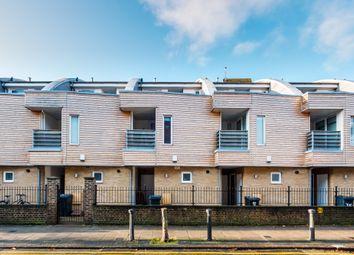Thumbnail 3 bedroom town house to rent in Woodbridge Street, Clerkenwell