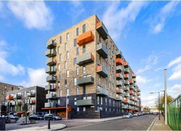 Thumbnail 2 bed flat to rent in Icon Apartments, Limehouse, London