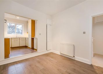 2 bed flat to rent in Barb Mews, London W6