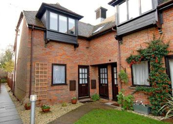 Thumbnail 2 bed flat to rent in Nappins Close, Long Crendon, Bucks