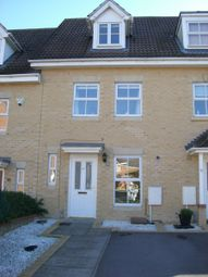Thumbnail 3 bedroom town house to rent in Fitzroy Close, Bracknell