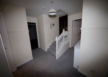 3 bed flat to rent in Dons Road, Dundee DD3