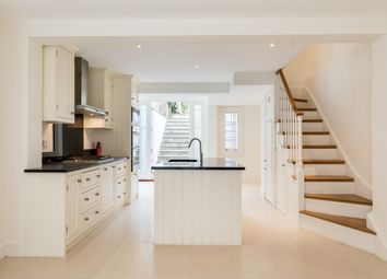 Thumbnail 3 bed terraced house to rent in Maunsel Street, London