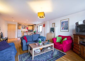Thumbnail 3 bed flat for sale in Streamline Mews, East Dulwich