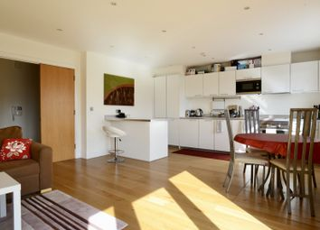Thumbnail 1 bed flat for sale in Clapham Road, Clapham