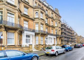 Thumbnail 4 bed flat to rent in Kings Gardens, Hove