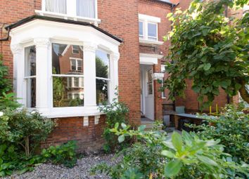 Thumbnail 3 bed flat for sale in Parliament Hill, Hampstead