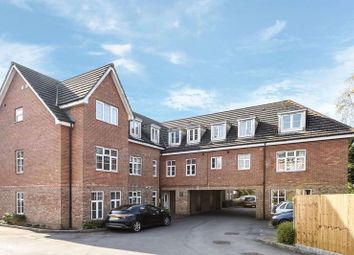 2 bed flat for sale in Station Road, Park Gate, Southampton SO31