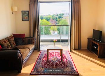 2 bed flat to rent in Empire Way, Wembley HA9