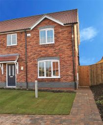 Thumbnail 3 bed property for sale in Falkland Way, Barton-Upon-Humber