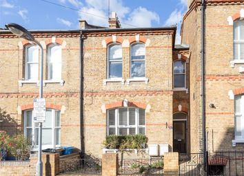 Thumbnail 2 bed flat to rent in St Marks Road, Windsor, Berkshire