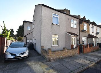 Thumbnail 1 bed maisonette for sale in Bayly Road, Dartford, Kent