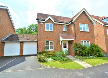 Thumbnail 5 bedroom detached house for sale in Fresian Way, Winnersh