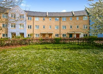 Thumbnail 3 bedroom town house for sale in Newingham Crescent, Cambridge