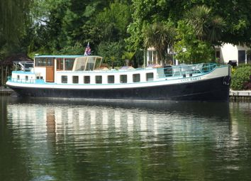 Thumbnail 2 bed houseboat for sale in Dockett Eddy, Chertsey