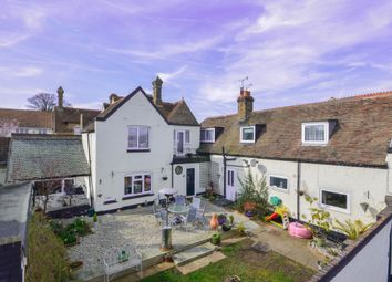 Thumbnail 6 bedroom terraced house for sale in Hawksdown, Walmer