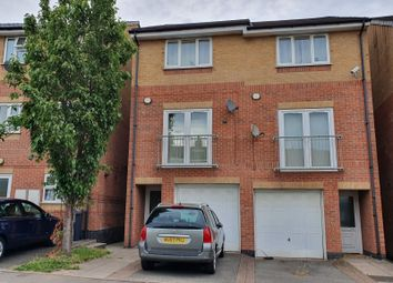 Thumbnail 3 bed town house for sale in Smithmoor Crescent, West Bromwich, West Midlands