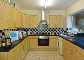 6 bed shared accommodation to rent in Douglas Road, Nottingham NG7