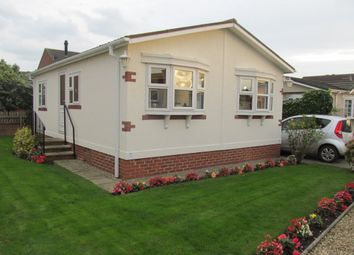 Thumbnail 2 bed mobile/park home for sale in Grosvenor Park (Ref 5746), Borough Bridge Road, Ripon, North Yorkshire