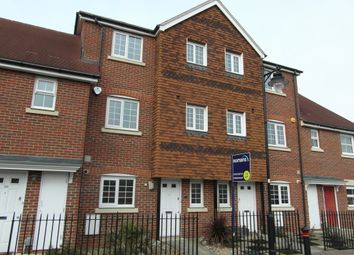 Thumbnail 4 bed town house to rent in Giffard Lane, Fleet