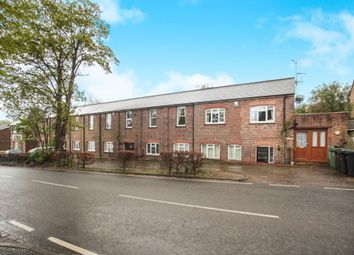 Thumbnail 3 bed flat for sale in Brewhouse Hill, Wheathampstead, St. Albans