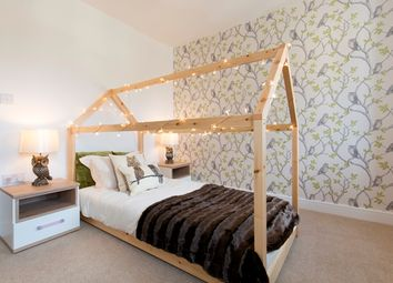 Thumbnail 3 bedroom semi-detached house for sale in Oaklands Hamlet, Chigwell