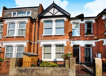 Thumbnail 1 bed flat to rent in Temple Road, London