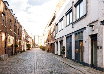 Thumbnail 2 bed flat to rent in Brownlow Mews, London