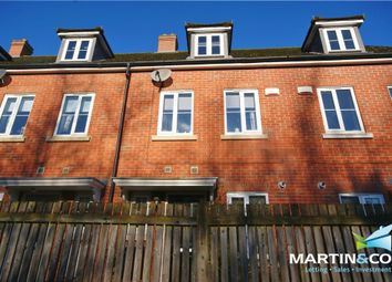 Thumbnail 3 bed town house for sale in Muirfield Close, Lincoln