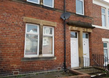 Thumbnail 2 bed flat to rent in Howe Street, Gateshead