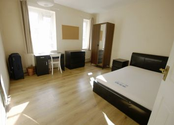 Thumbnail 3 bed flat to rent in Clarence Way, London