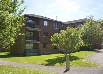 Thumbnail 2 bedroom flat to rent in Hubbards Hill, Crowborough