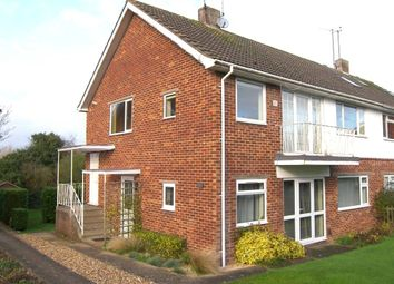 Thumbnail 2 bed flat to rent in Springfield Park, Twyford, Berkshire