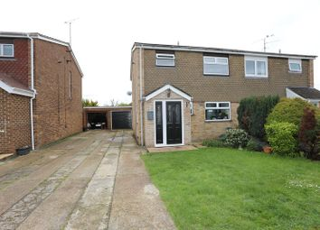 Thumbnail 3 bedroom property for sale in Cypress Road, Woodley, Reading